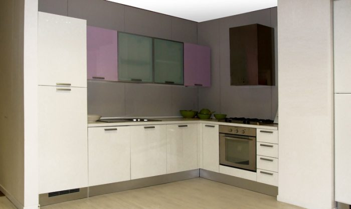 CUCINA MODERNA OUTLET - LUBE CUCINE MOD. LUBIANA ANGOLARE