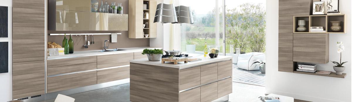 Cucina ad isola 5 soluzioni originali idee di arredo - Soluzioni no piastrelle cucina ...